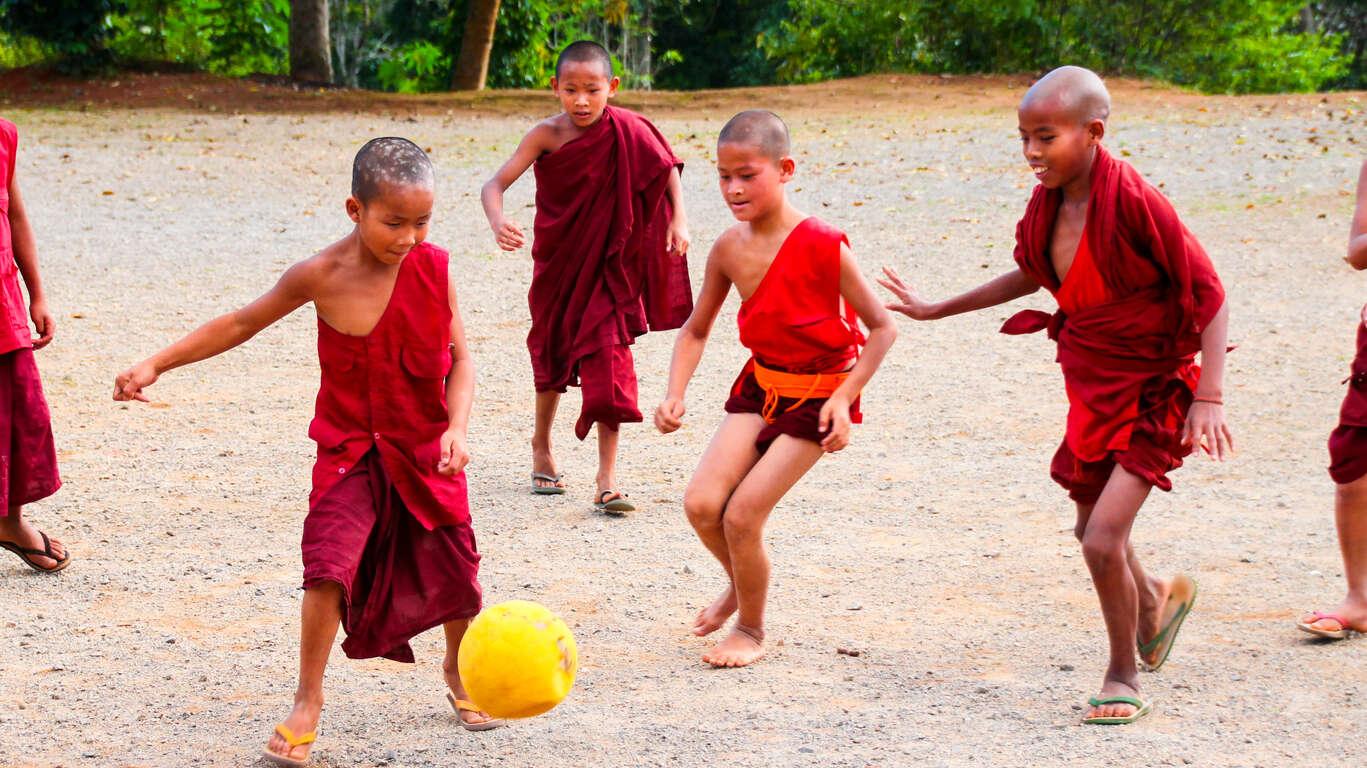 Voyage en famille en Birmanie