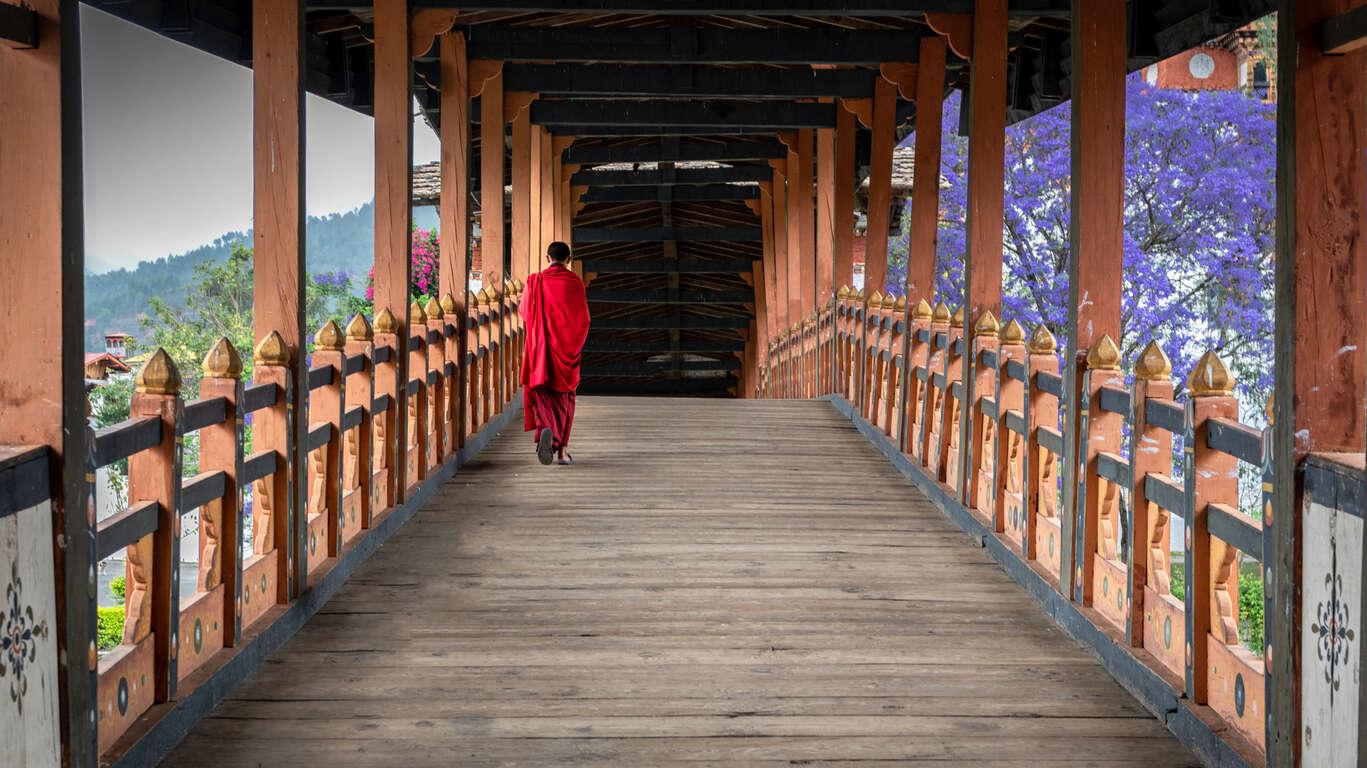 Sur les chemins des monastères du Bhoutan