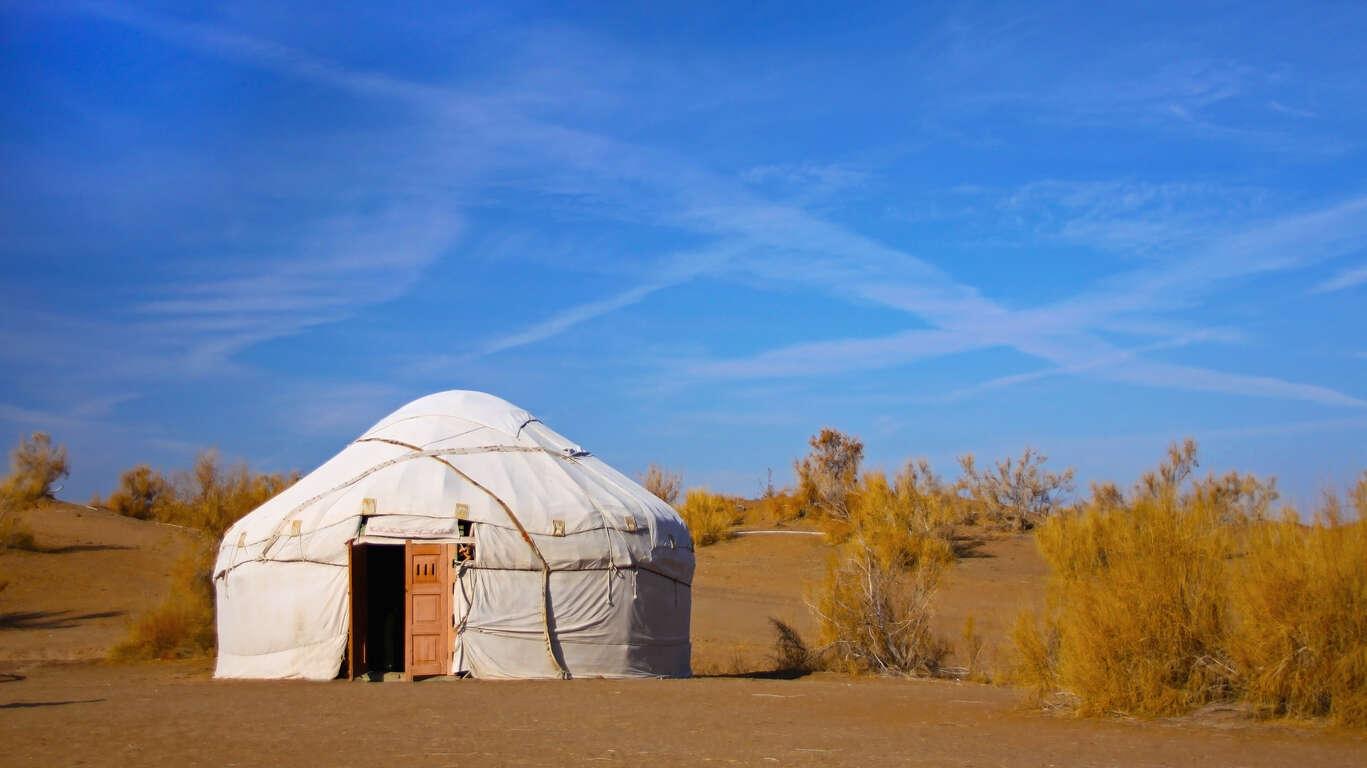 Villes légendaires d'Ouzbékistan et nuit en yourte en circuit privé