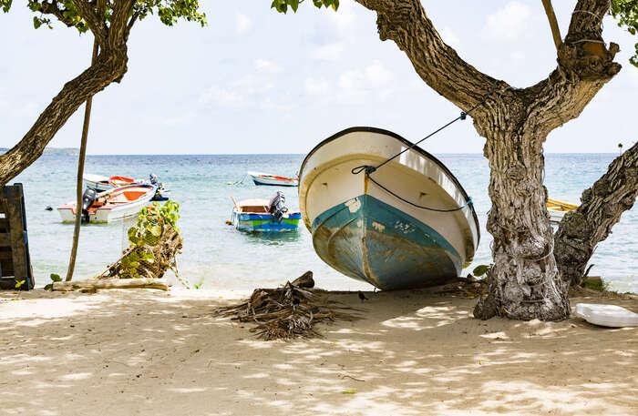 Les Caraïbes : la mer aux mille et une îles