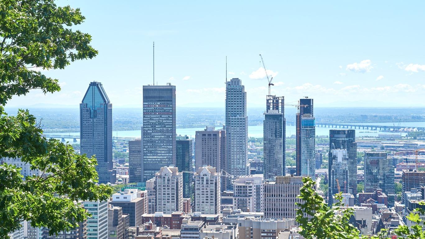Voyages en été à Montréal