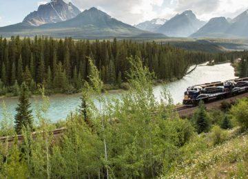 Le Canada d'Est en Ouest en train