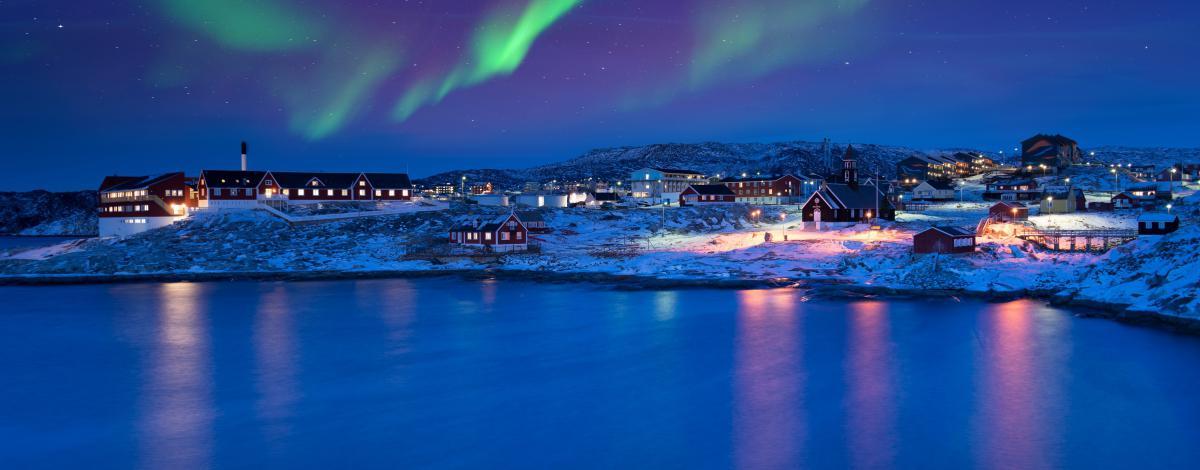 Magie des aurores boréales en Baie de Disko