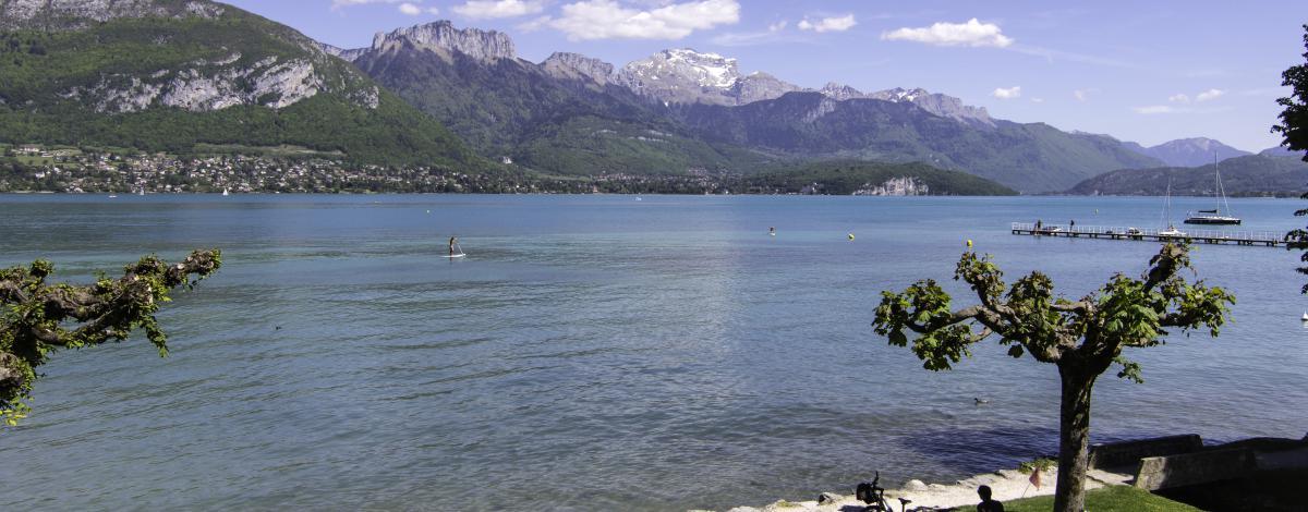 Des lacs de Savoie Mont Blanc, entre nature et découvertes